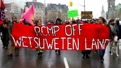 Photo of Ten need-to-know facts about the #ShutDownCanada anti-pipeline protests