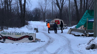 Photo of Anti-pipeline blockade in Mohawk community still active after agreement reached