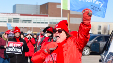 Photo of Ontario French and Catholic school boards to join strike despite recent concessions