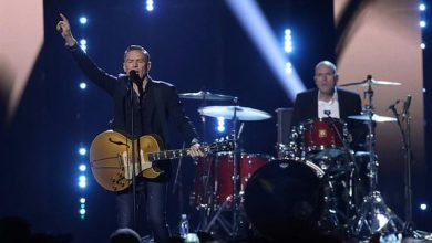 Photo of Canadian rocker Bryan Adams faces backlash over 'racist' COVID-19 post