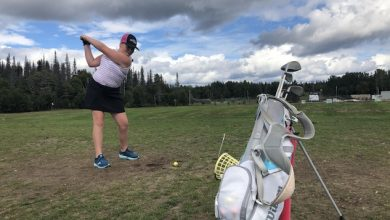 Photo of Young people fall in love with golf this summer