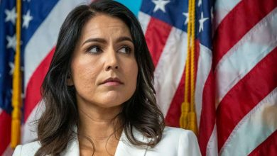 Photo of Tulsi Gabbard calls on Trump to pardon Julian Assange, Edward Snowden